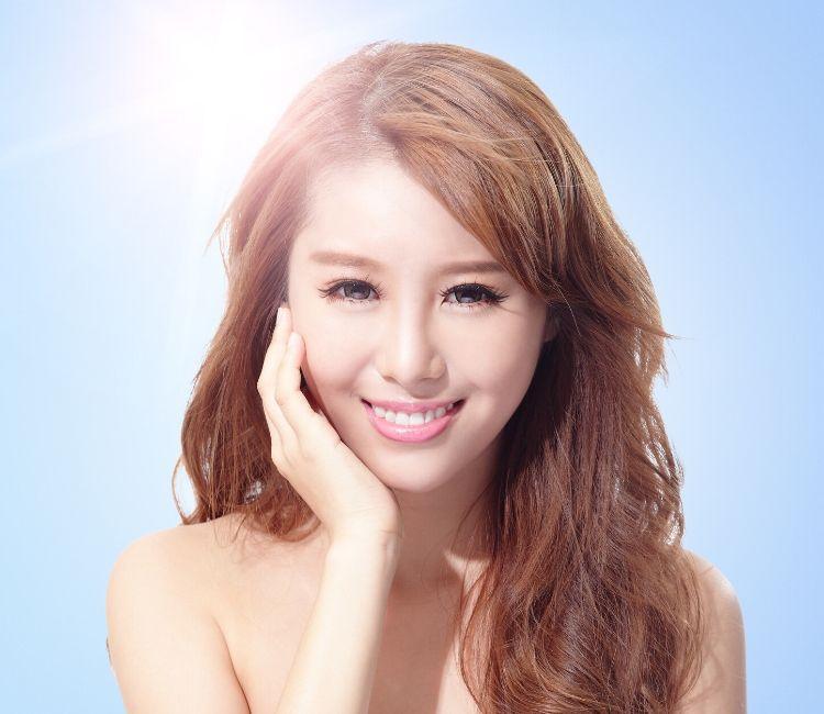 foto model sunscreen