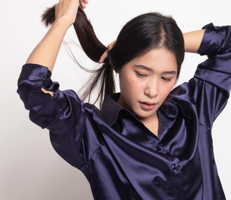 7 Tips Agar Rambut Bebas dari Rontok Walau Pakai Hijab! - Rambut Tergerai
