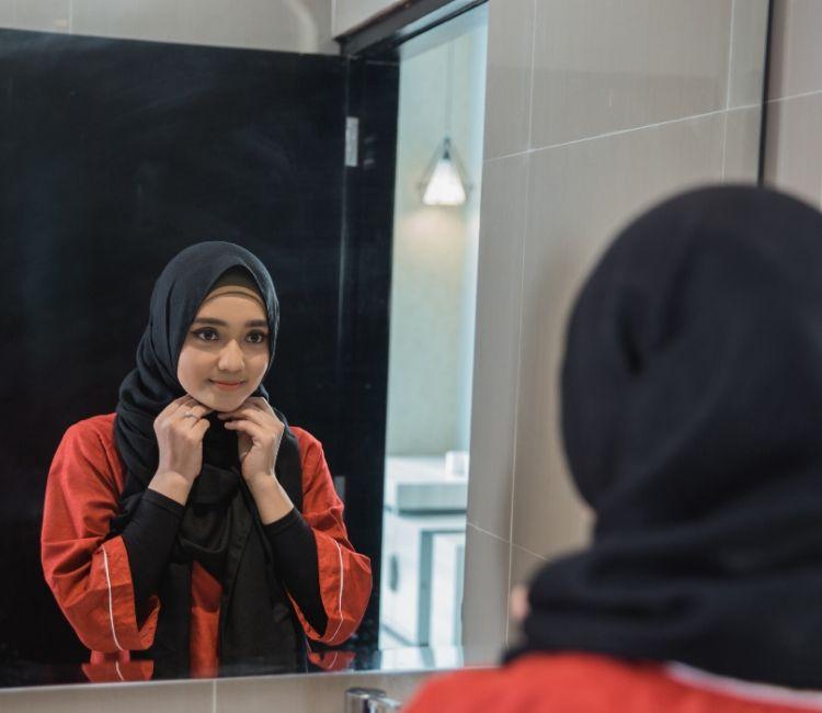 7 Tips Agar Rambut Bebas dari Rontok Walau Pakai Hijab! - Put on Hijab