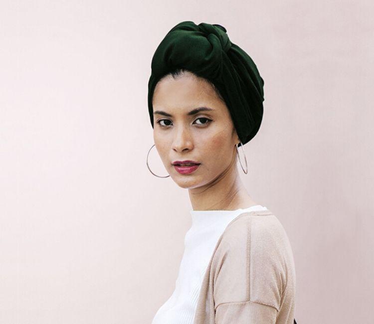 7 Tips Agar Rambut Bebas dari Rontok Walau Pakai Hijab