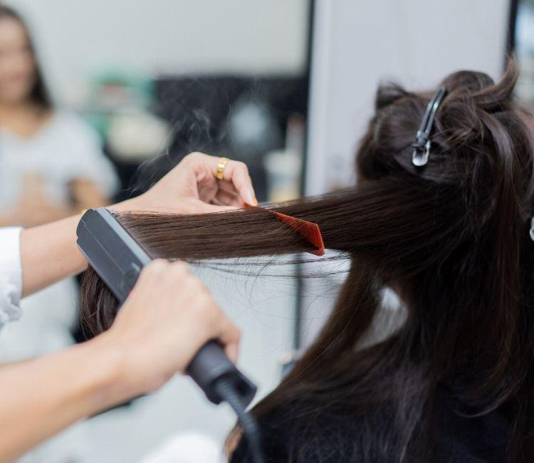 Styling penyebab rambut rontok