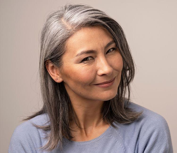 usia faktor penyebab rambut rontok