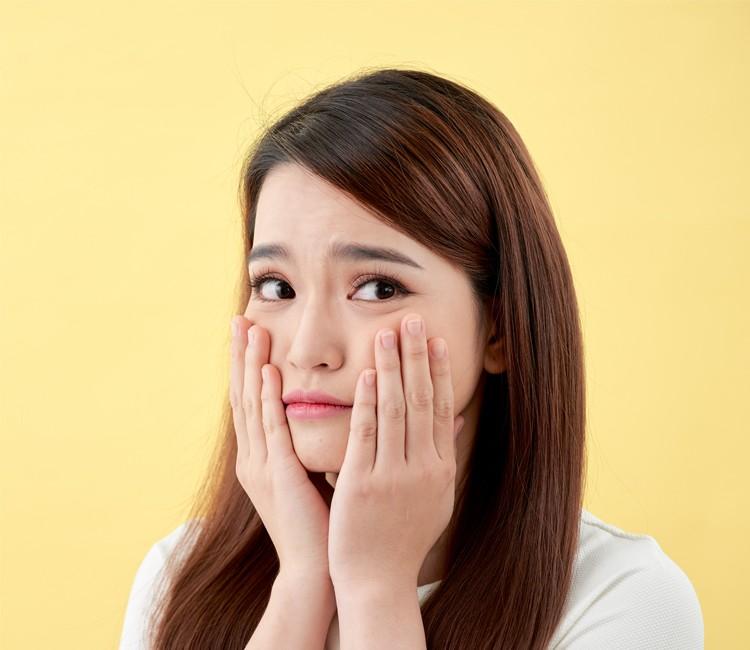 7 Manfaat Niacinamide Bagi Kulit, Salah Satunya Bisa Mencerahkan Wajah! - Wajah Berminyak