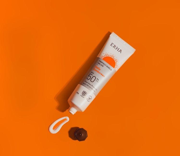 Bingung Pilih Sunscreen yang Bagus untuk Kulitmu? Perhatikan 3 Tips Berikut