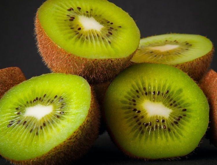 Wajib Tahu! 5 Makanan Ini Bisa Bikin Rambut Kamu Sehat dan Lebat