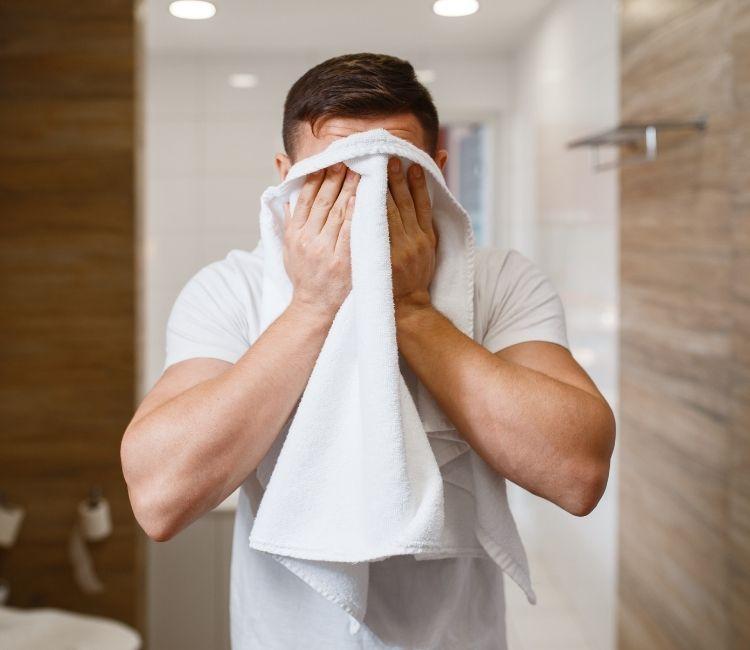 5 Perawatan Anti Repot untuk Pria, Bikin Makin Pede! - 3