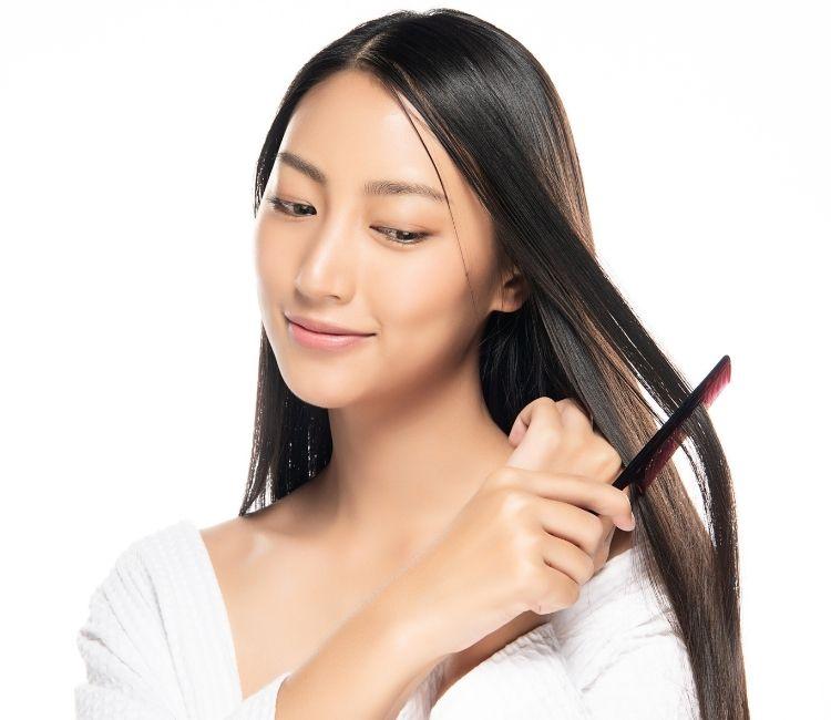 5 Cara Mengatasi Rambut Kering Akibat Sering Hair Styling