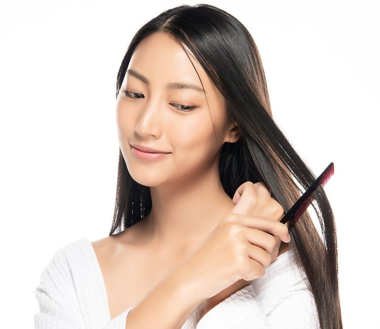 5 Cara Mengatasi Rambut Rontok Saat New Normal