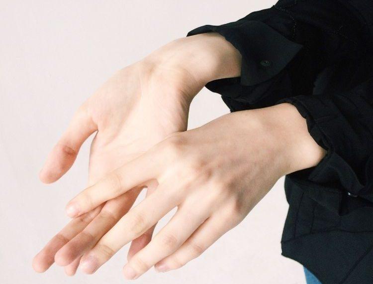 Atasi Kulit Kering Akibat Hand Sanitizer dengan 3 Cara Ampuh Ini!
