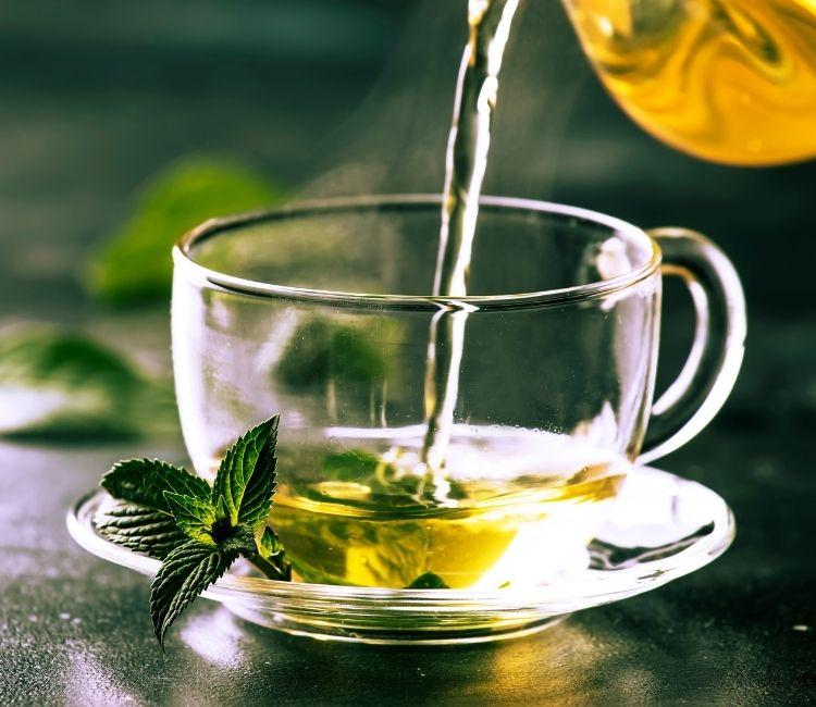 Wajib Tahu! Ternyata 5 Makanan Ini Dapat Meningkatkan SPF Kulit Dari Dalam - teh hijau