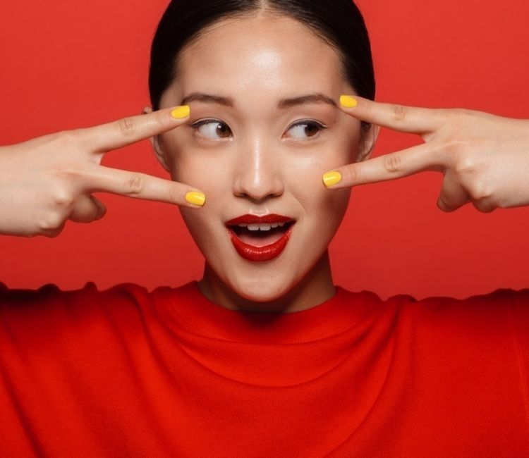 5 Deret Gaya Makeup Simple Saat Imlek